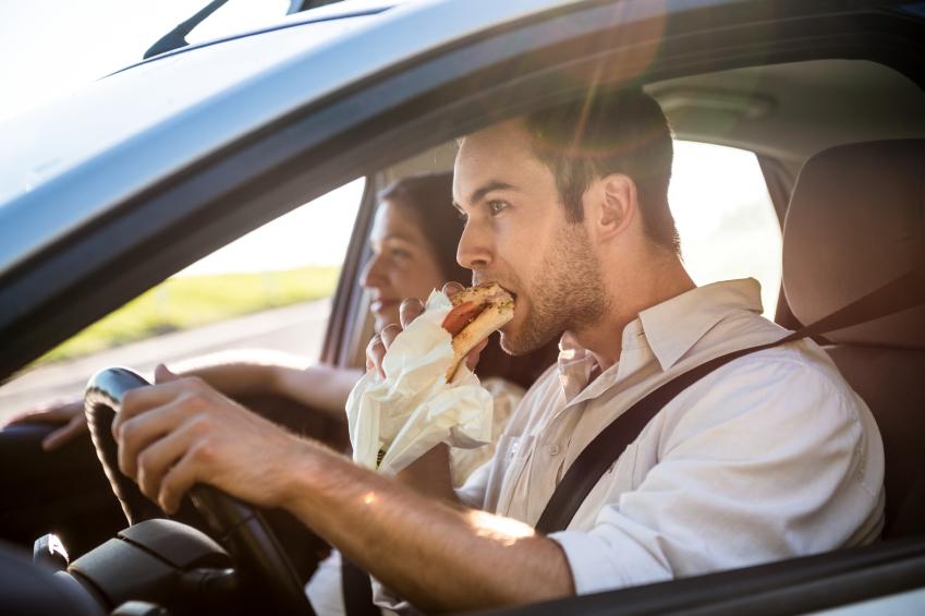 Kas sõidu ajal söömine on lubatud?