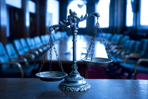 Riigipoolse venekeelse õigusabi andmine arutluse all